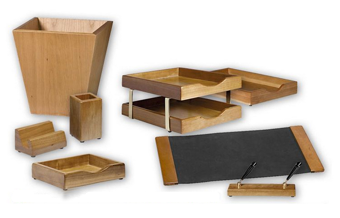 EXECUTIVE WOODEN DESK SETS